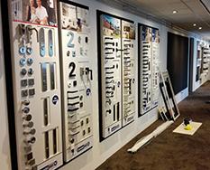 Nieuwe wandpresentaties bij KOOZ Kunststof Kozijnen